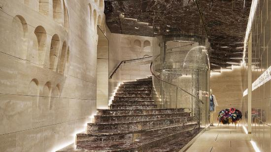 DALLERA SUBSTRUCTURE SYSTEM AT FENDI PALACE IN ROME